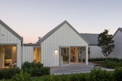 Four Walls Cooks Beach - Architecture
