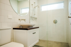 185516105529Bathroom (1)