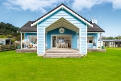 Sand Dollar Cottage Matarangi - Design build